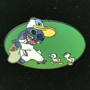 Donald Duck Halloween Trading Pin 2020 Disney Auctions LE Pin Halloween Stitch Donald Duck Costume DA