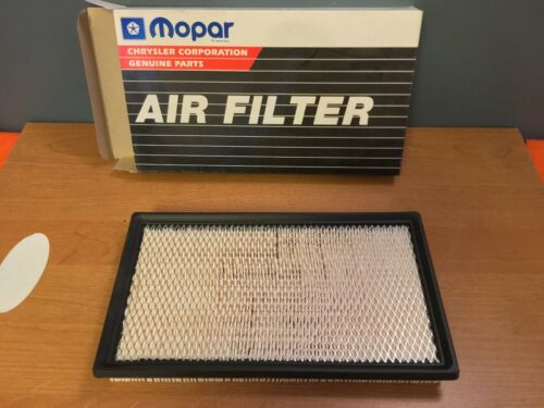 BRAND NEW OEM 4573031 93-97 DODGE INTREPID AIR FILTER NOS EAGLE VISION CONCORDE