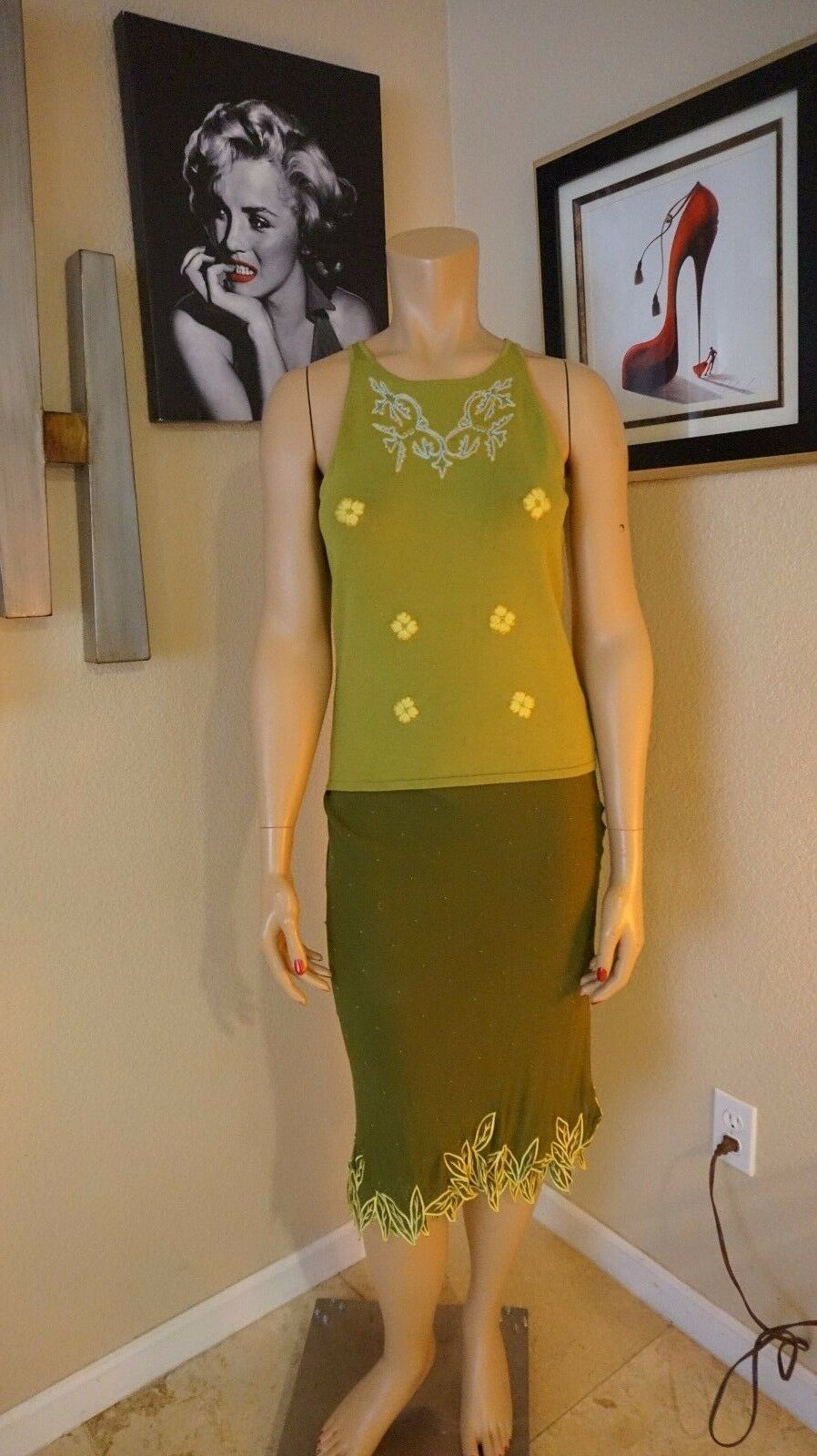 Stunning Catherine Malandrino sz L top and sz 8 skirt in beautiful greens Flirty