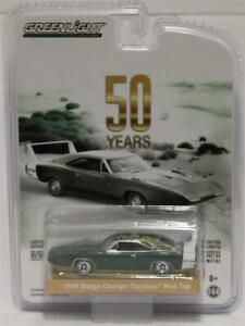 Greenlight-1-64-Anniversary-Collection-R7-1969-DODGE-CHARGER-DAYTONA-MOD-TOP