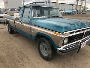 1976 Ford F-250 camper special