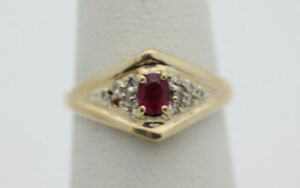 14k-Yellow-Gold-YG-Beautiful-Pink-Sapphire-amp-Diamond-Chip-Ring-Sz-6-2-1g-GG626