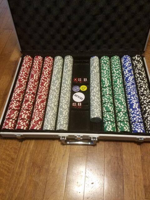 500ct Black Diamond 14g Poker Chip Set in Walnut Wooden Carry Case