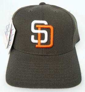 SAN-DIEGO-PADRES-BROWN-MLB-VINTAGE-1990s-RETRO-CAP-HAT-NWT-LOGO-ATHLETIC-RARE