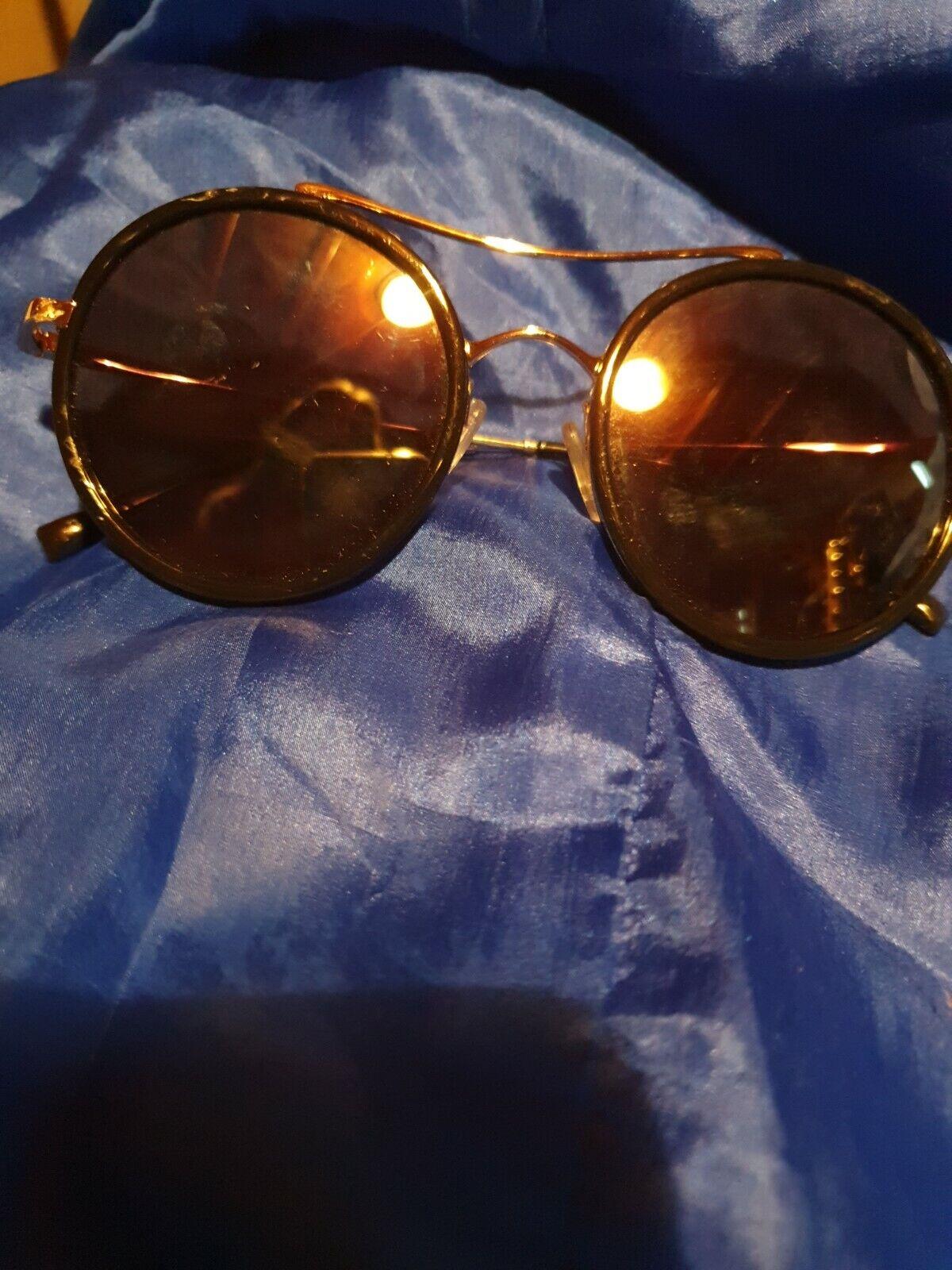 Esprit Sunglasses Round Black Tint Gold Band