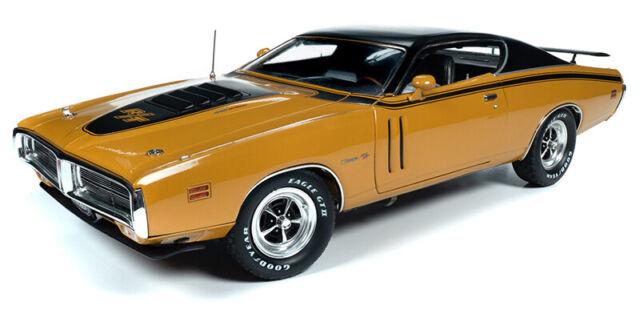 1969 Dodge Coronet R//T hardtop 50th Anniversary 1:18 auto World ertl amm1116