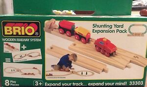 Brio 33303 - Shunting Yard Expansion Pack - RARE 1999 switch track, engine, cars
