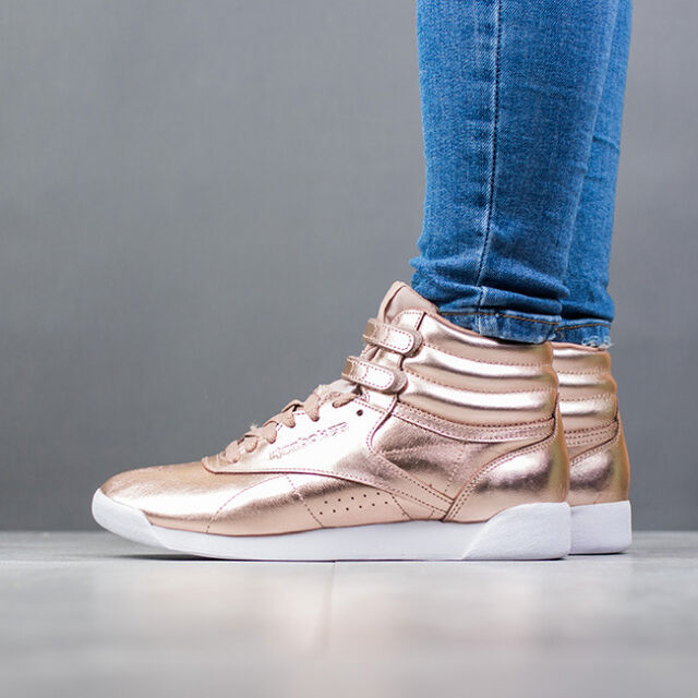 9e6978a9982 Reebok Freestyle Hi Metallic Womens Rose Gold Leather Trainers - 5 ...