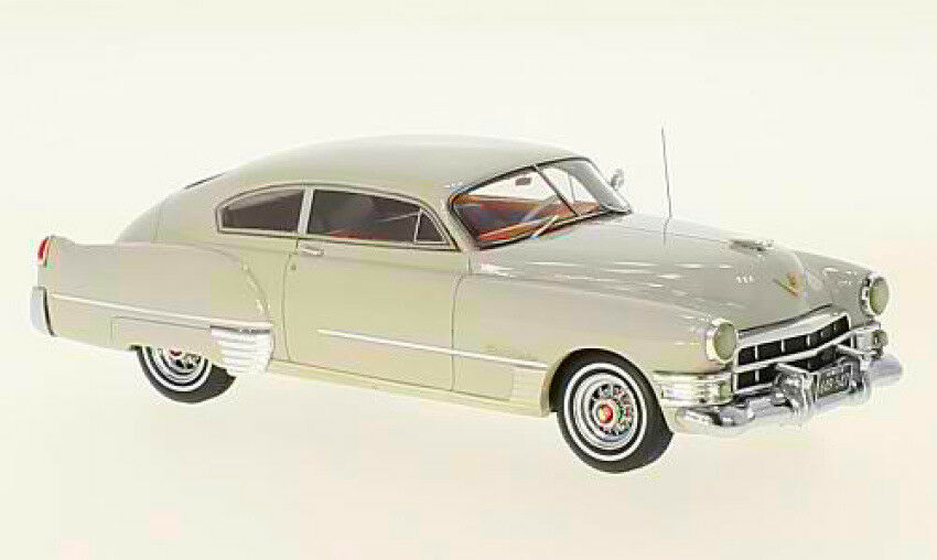 Cadillac serie 62 Club Coupe 'light gris 1 43 Model neo scale models