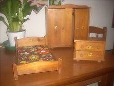set camera da letto vintage in legno per barbie o simili molto rara  leggi..