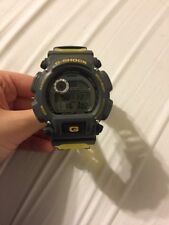 *G-SHOCK DW-9000* EXCELLENT CONDITION!* GRAY AND YELLOW* MUST SEE!!**