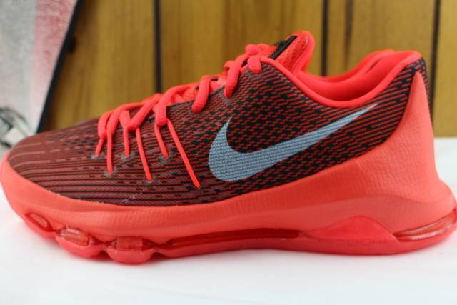 KD 8  CRIMSON  SIZE 7.0 YOUTH SAME AS WOMAN 8.5 NEW RARE AUTHENTIC