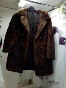 REAL-FUR-COAT-JACKET-MUSQUASH-MINK-VINTAGE-CLOTHING-COLLAR-DOUBLE-BREASTED-BROWN