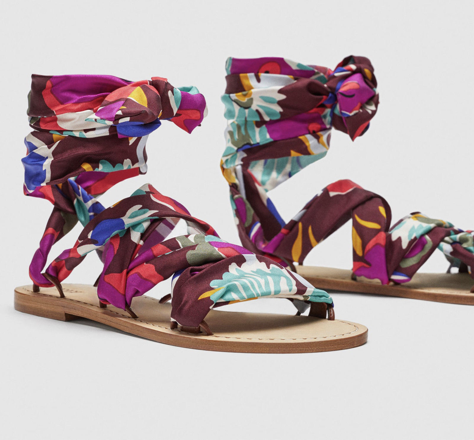 ZARA STUDIO SANDALEN TUCH LEDER SEIDE SCARF SANDALS LEATHER PRINTED SILK
