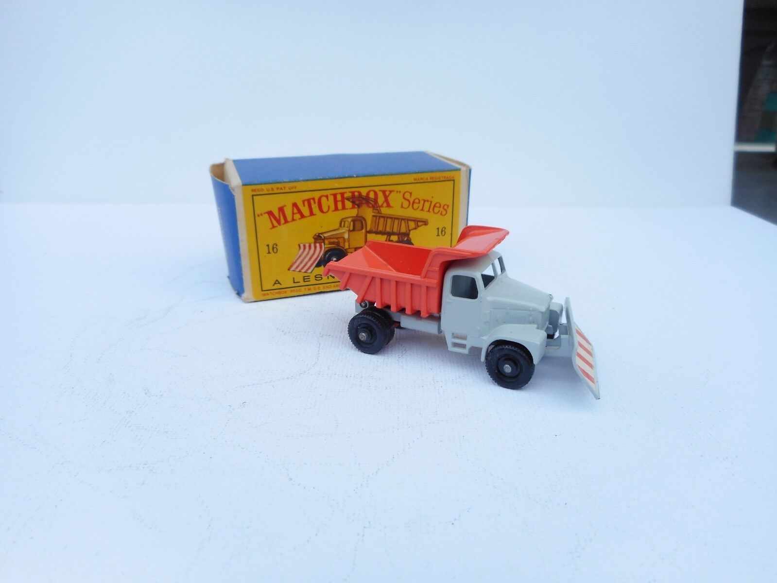 Matchbox Lesney No 16 Scammel  Montaineer Snowplough VN  MIB