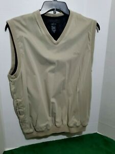 Izod-Golf-Vest-Men-039-s-Medium-V-Neck-Pull-Over-Sleeveless-Light-Weight-Pockets