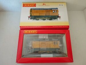 Hornby-R3261-Network-Rail-0-6-0-Class-8-Diesel-Electric-Loco-08417-DCC-Ready-NEW