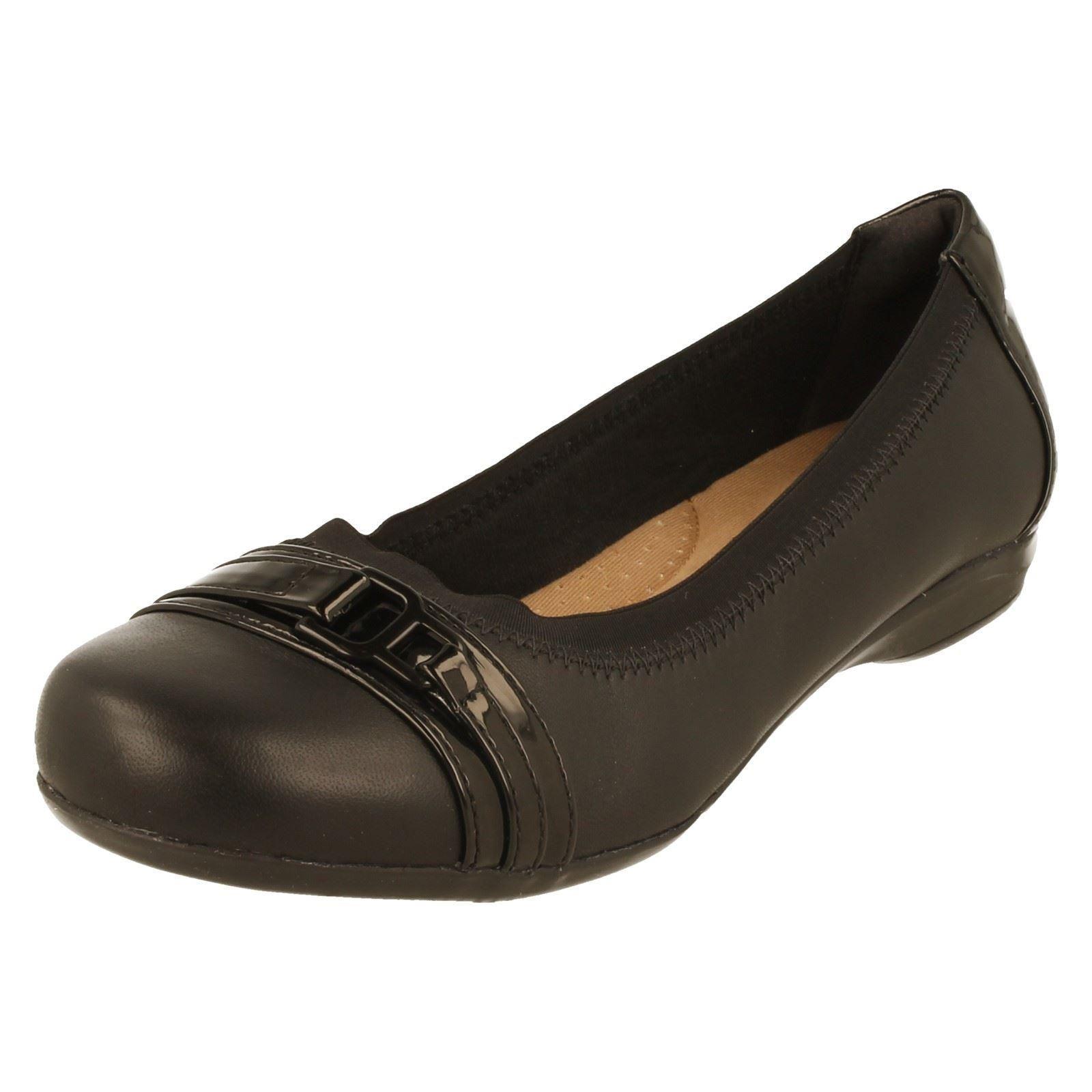 alta qualità Donna Nero Pelle Clarks Smart Casual Mocassini Scarpe Scarpe Scarpe DOLLY kinzie Luce  negozio di sconto