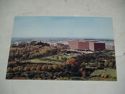 Unused International Postcard-Cavalieri Hilton Hotel-Near Rome Italy-1970s