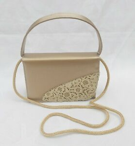 STUART-WEITZMAN-RUSSELL-amp-BROMLEY-SMALL-GOLD-HAND-SHOULDER-7X5X2-034-FREE-UK-P-amp-P