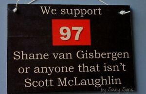 Shane-van-Gisbergen-v-Scott-McLaughlan-V8-Supercars-Holden-Commodore-Sign