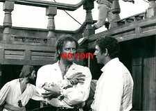 Photo argentique Robert Hossein corsaire pirate Angélique film cinéma