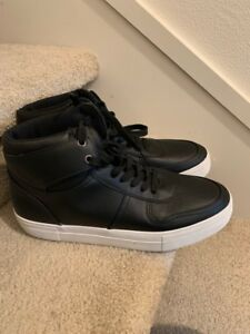 Top Sneakers Black Shoes Size 11.5