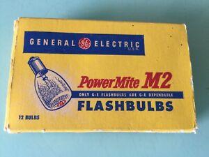 12 Vintage GE General Electric M2 PowerMite flashbulbs new old stock
