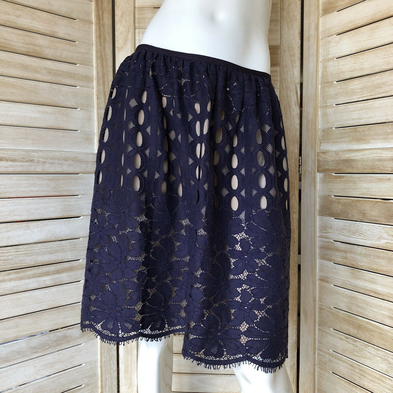 LANVIN lace silk skirt F40 US8 - NEW