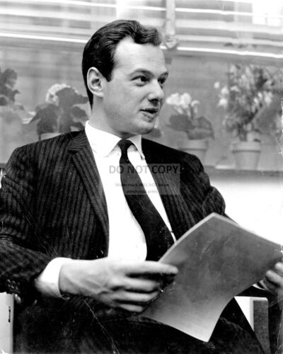 """BRIAN EPSTEIN MANAGER OF /""""THE BEATLES/"""" 8X10 PHOTO FB-140"""