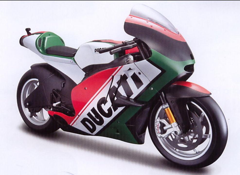 Fuxi double à, viens! Ducati Desmosedici `11 Drapeaux Rouge/Blanc/Vert , Maisto Moto Modèle 1:6 | Pas Cher  | Extravagant  | De Haute Qualité Et Peu Coûteux  | Terrific Value