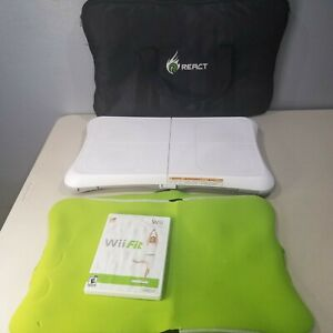 Wii-Balance-Board-amp-Wii-Fit-Game-React-Cover-Carrying-Case-Bundle-Tested