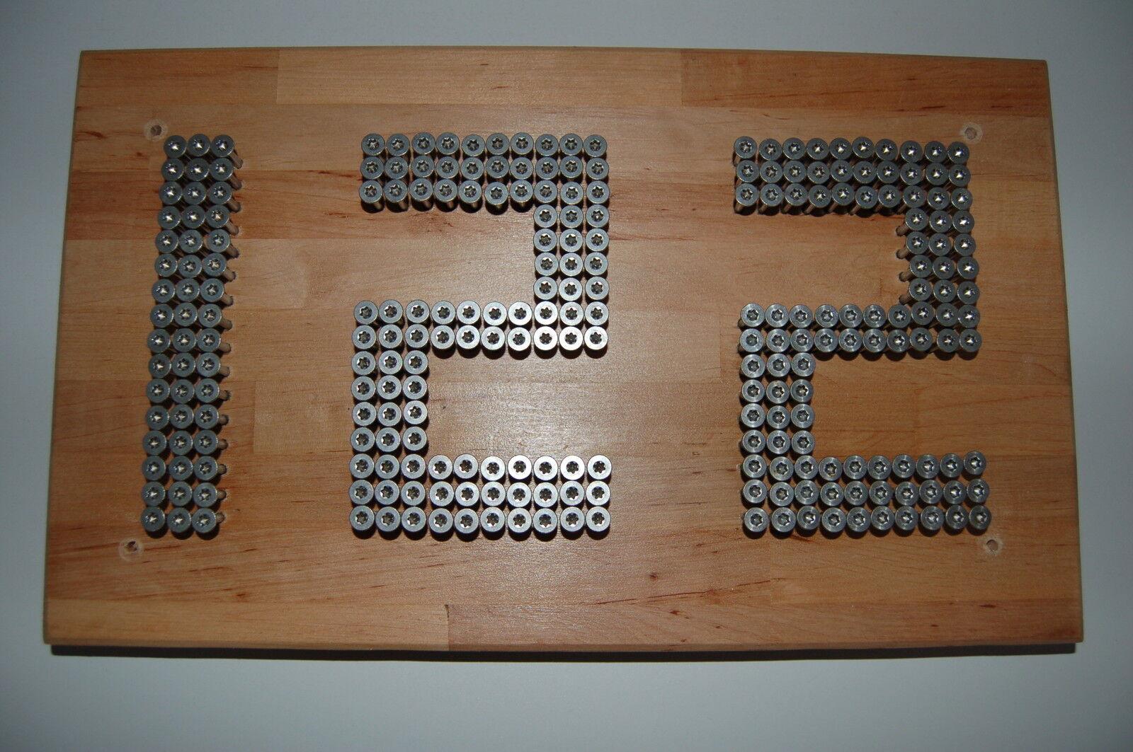 Designer Hausnummer aus Schrauben, Vollholz Lärche oder oder oder Buche, Schrauben A2 8fd2ef