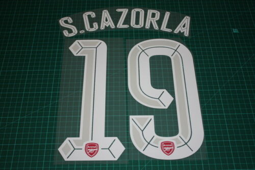 Arsenal 1516 #19 S. CAZORLA UEFA Champions League HomeKit Nameset Printing