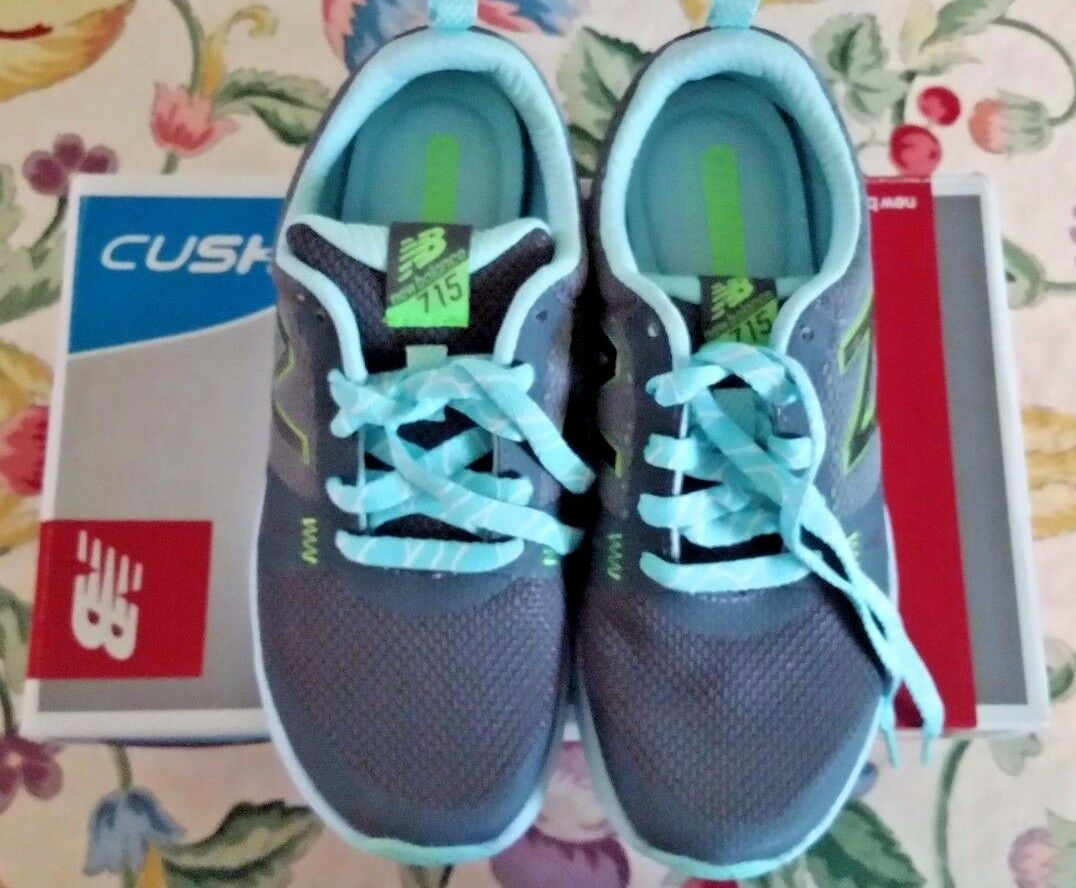 NWT New Balance Cush Size 6 shoes WX715GG1