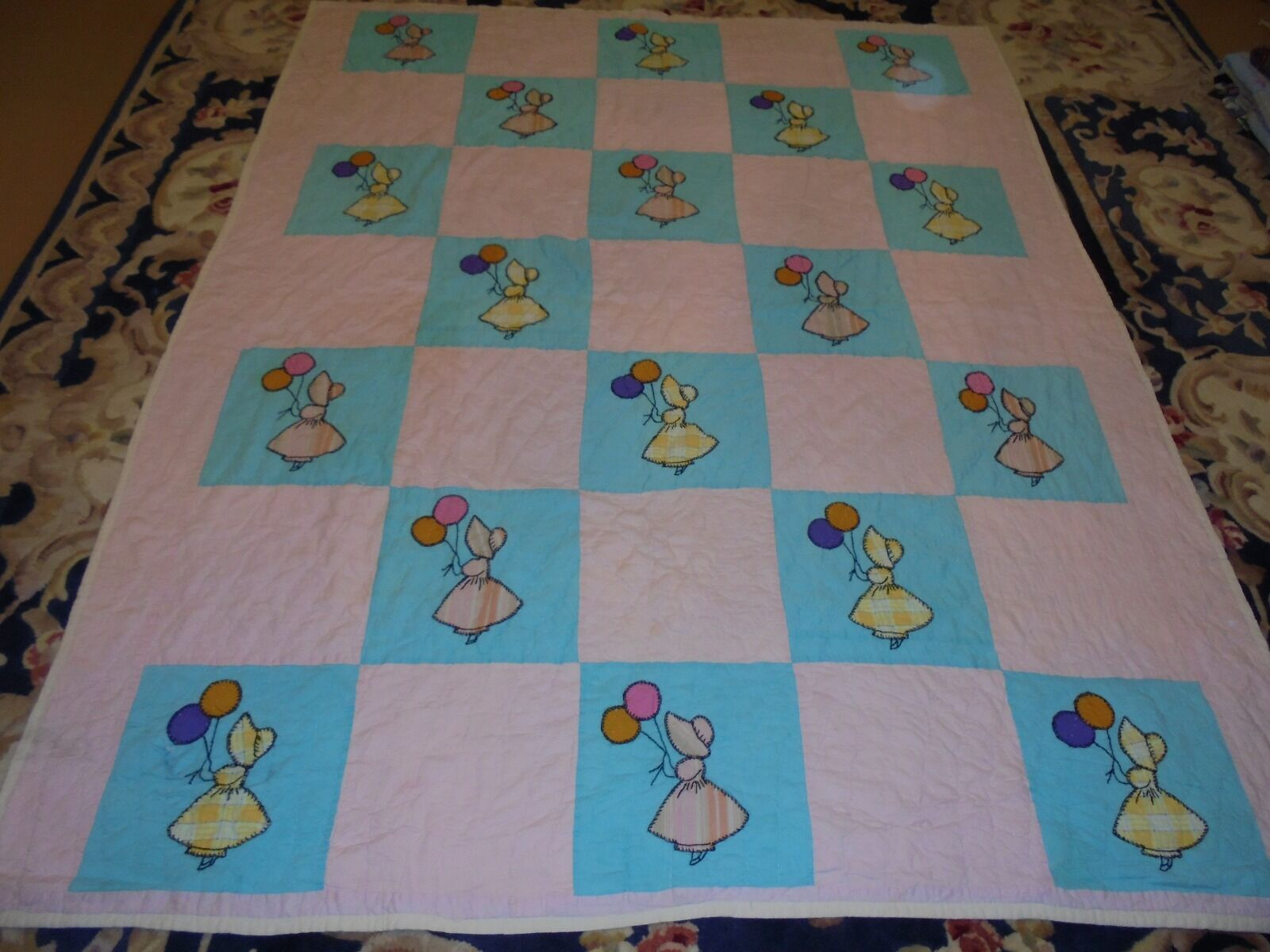 Cute Applique Dutch Doll Pattern Quilt