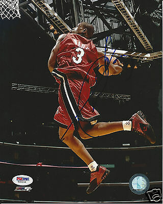 DWYANE WADE (Miami HEAT) Signed 8 x10 PHOTO with PSA/DNA COA