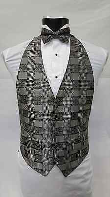 Men/'s Brandon Michael Black /& White Checkered Low Cut Tuxedo Vest /& Bow Tie