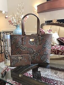 3a3ca9aed4b5 NWT, AUTHENTIC MICHAEL KORS JET SET LARGE TRAVEL PAISLEY LEATHER ...