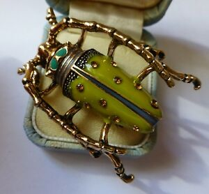 Lovely-Vintage-style-green-enamel-crystal-insect-beetle-brooch-in-gift-box