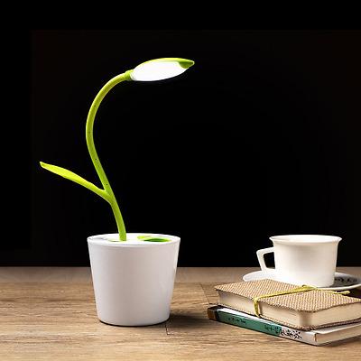 iEGrow Lampada da Scrivania e Ufficio 1W con Porta USB, 3 Livelli di Dimmerabile