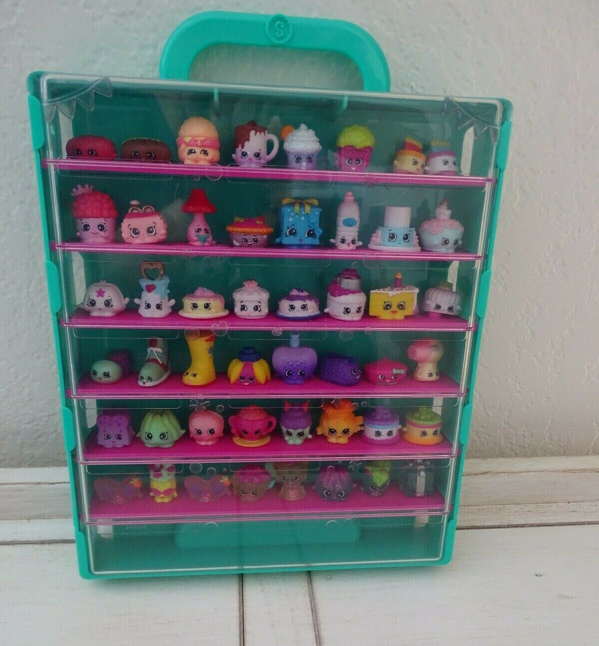 Shopkins Green Display Storage Case With 48 Figurines
