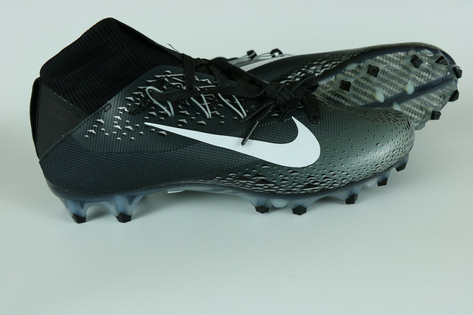 Nike Men's Vapor Untouchable 2 Black & Grey Football Cleats 824470 001 10-12