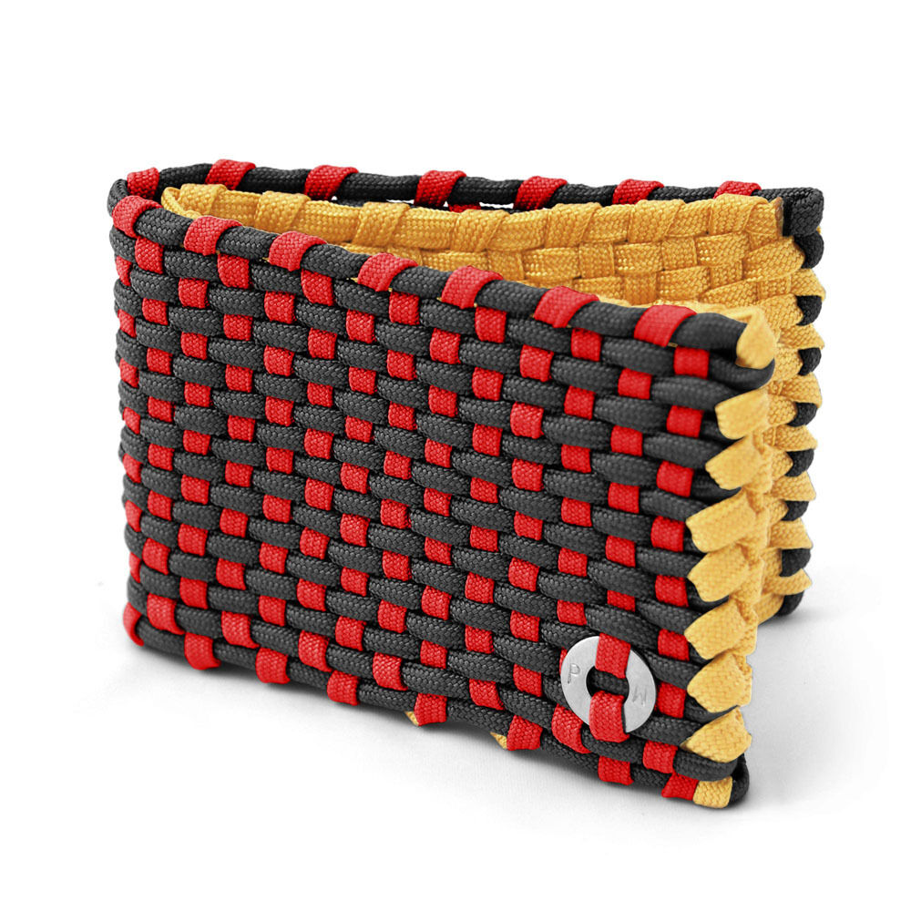 Paracord Wallet with with with Fire Starter by ParaWallets c9a2ec
