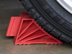 Ernst 980  High-Grip Wheel Chocks, Red, Set of 2