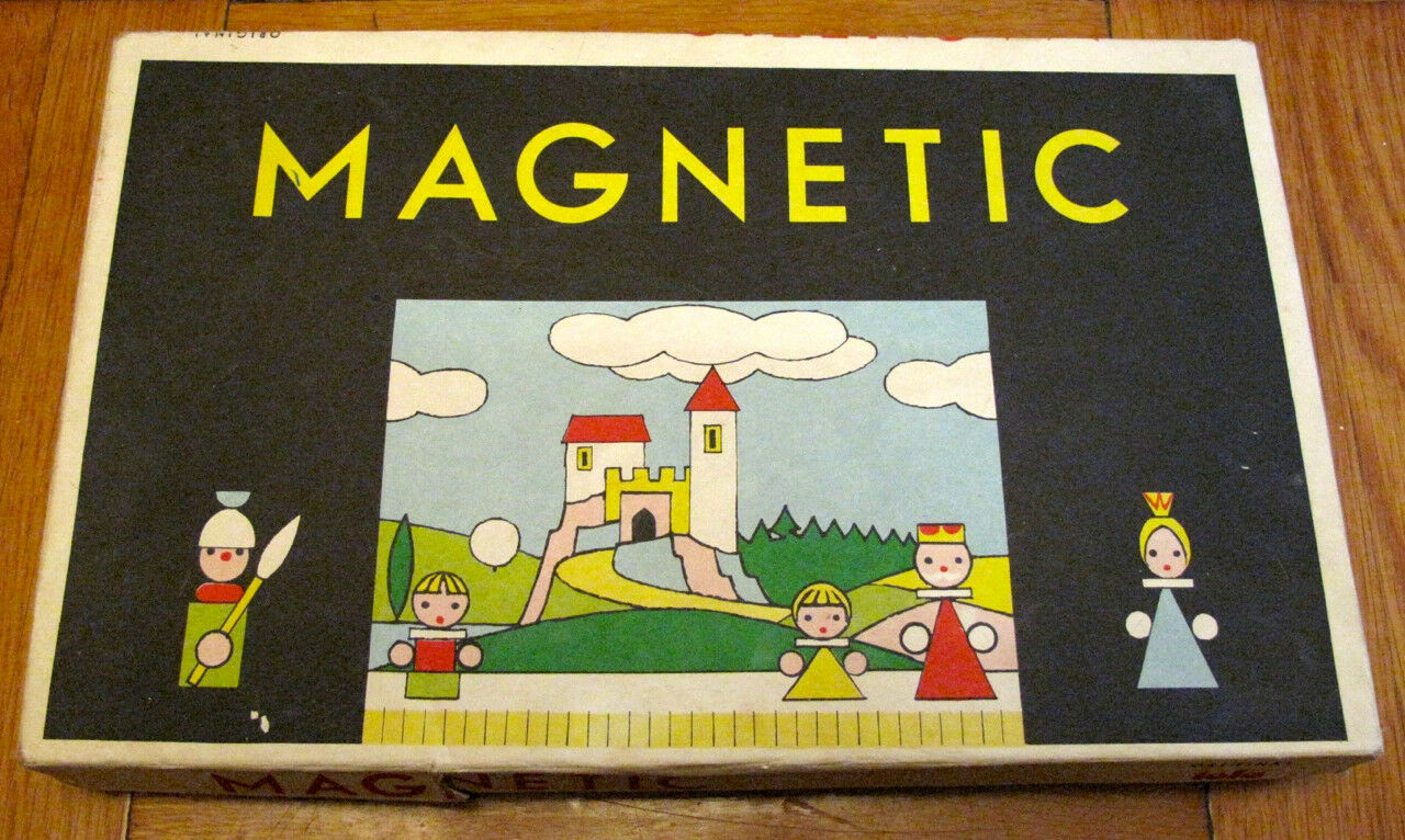 Vintage Original Toia ALBRECHTICE MAGNETIC Puppet Theater made in Czechoslovakia
