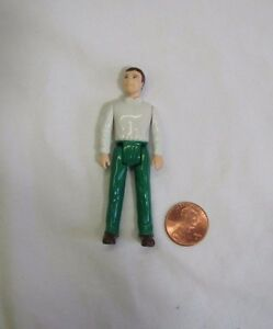 Fisher Price Sweet Streets Dollhouse Cottage Man Dad in Green /& Blue