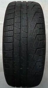 1-Pneus-hiver-Pirelli-Sottozero-Hiver-240-Serie-2-RSC-M-S-245-40-r19-98-V-e1346