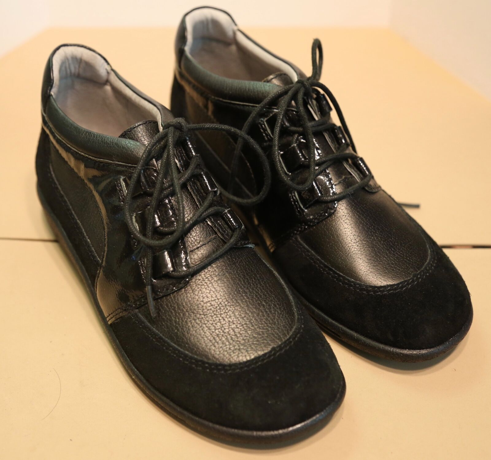 Sanita women's size shoes 38 black high top shoes size - New in box f3bed2