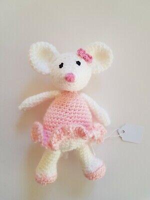 crochet ballerina doll | http://lomets.com | 400x300
